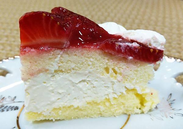 全聯福利中心日式草莓大福草莓卡士達蛋糕10.jpg