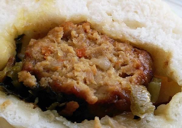 打包DABAO招牌鮮肉包紅燒獅子頭包梅干扣肉包芝麻包乳酪花捲13.jpg