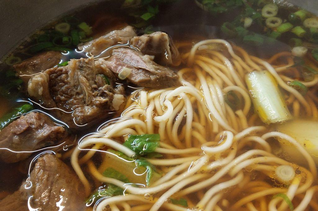 鮮道口福牛肉麵中工店3.jpg