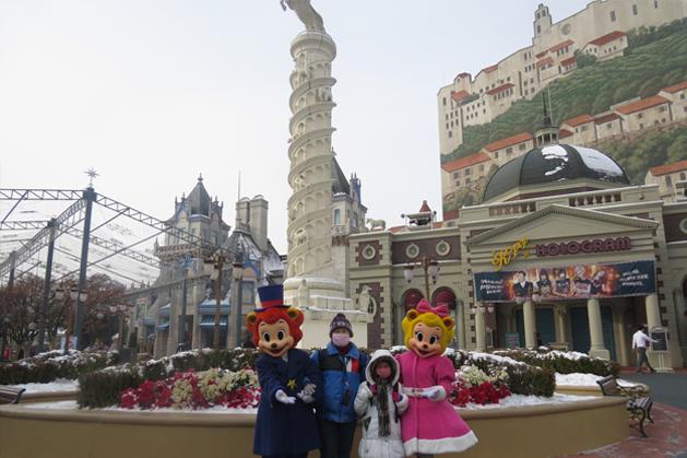 與愛寶樂園吉祥物X-MAS照片時間