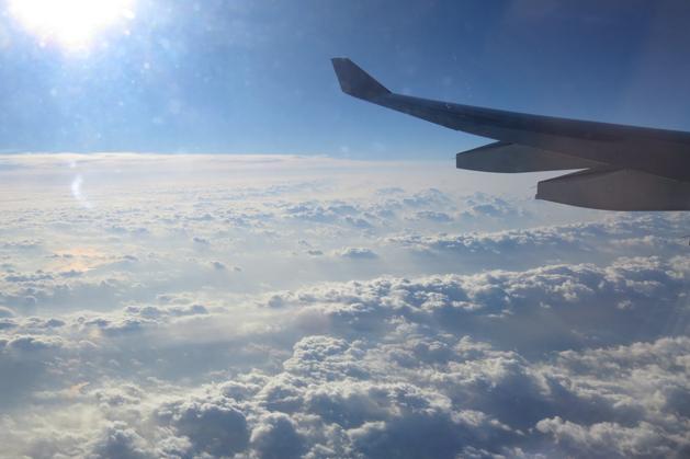 飛上三千英呎快要熱死人的太陽