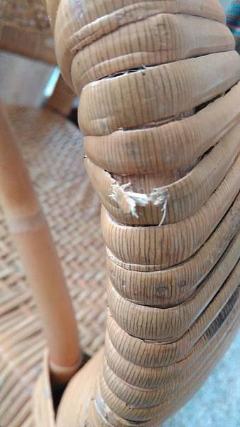 ( 藤椅 )藤製品 挑選購買時要特別注意的地方-裂痕/表皮健康度/纏繞密實度-01