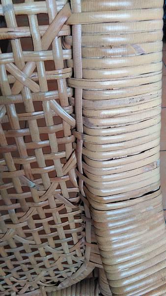( 藤椅 )藤製品  挑選購買時要特別注意的地方-裂痕/表皮健康度/纏繞密實度-14