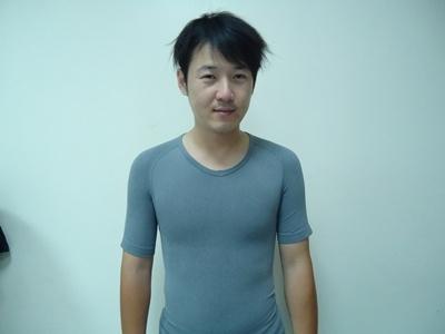 男塑身衣.JPG