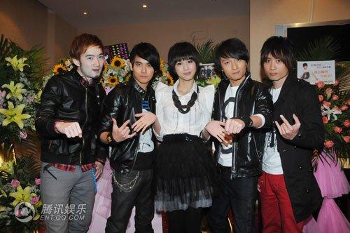 2010-03-15 騰訊娛樂 新聞照.jpg