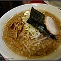 GF3-02-家族旅行inTokyo-第一餐,好吃的丸金拉麵!-007.jpg