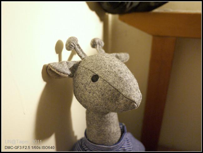 GF3-MUJI的長頸鹿玩偶~耶誕限定-003.jpg