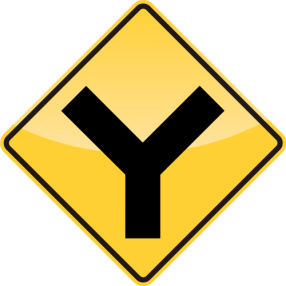 30_Y INTERSECTION AHEAD 前方行交叉路口