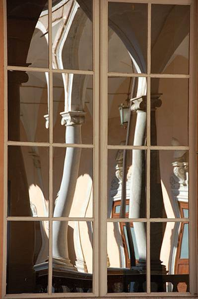 window 11.JPG