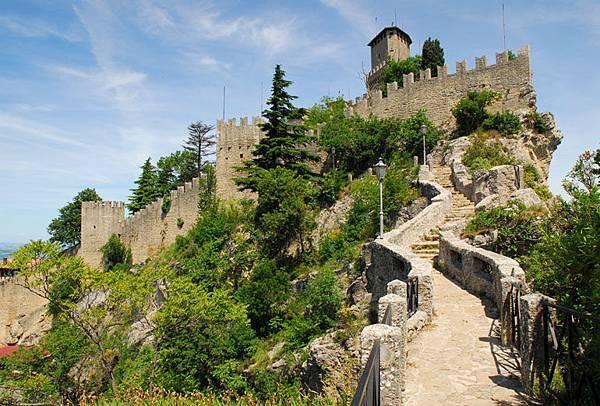 San Marino 2
