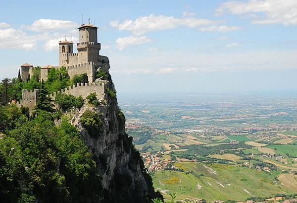San Marino 3