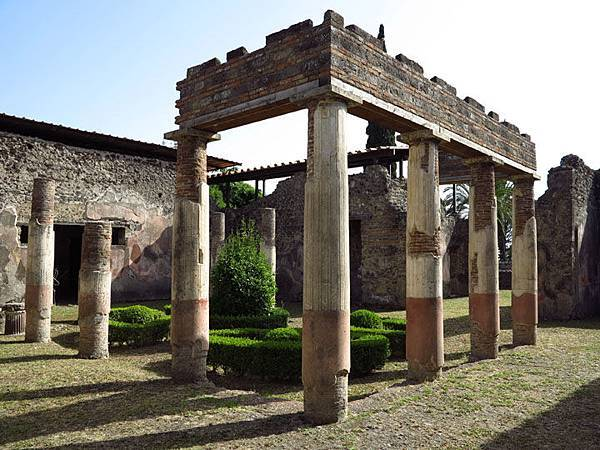 pompeii a14
