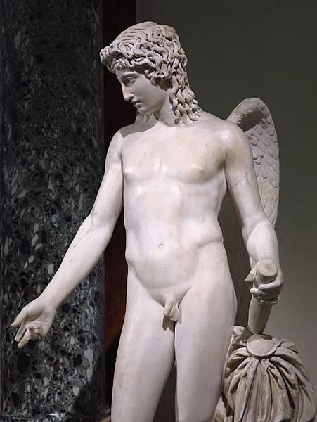 statue 9