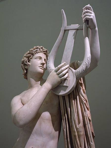 statue 15a