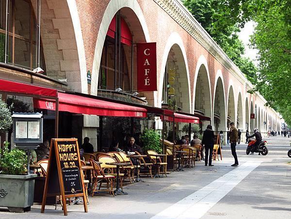 Paris f14.JPG