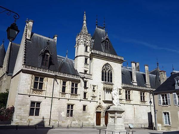 Bourges g6.JPG