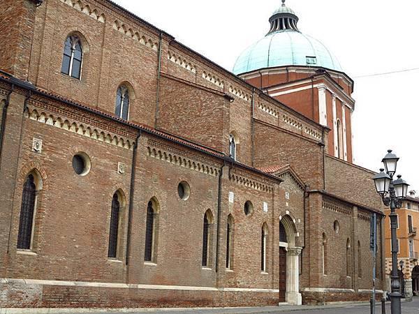 Vicenza a2.JPG