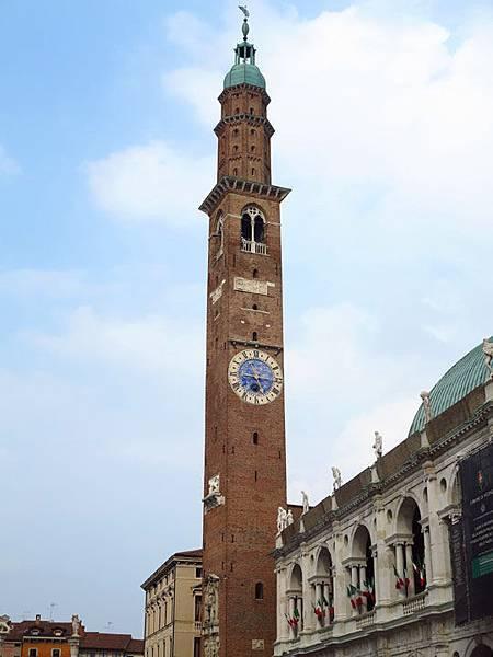 Vicenza b3.JPG