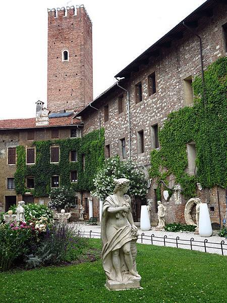 Vicenza c2.JPG