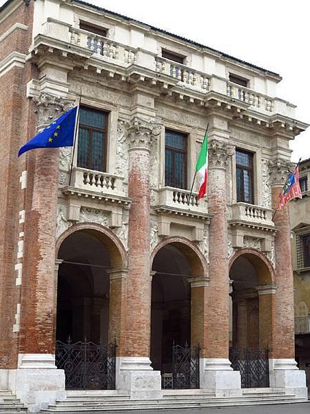 Vicenza d2.JPG