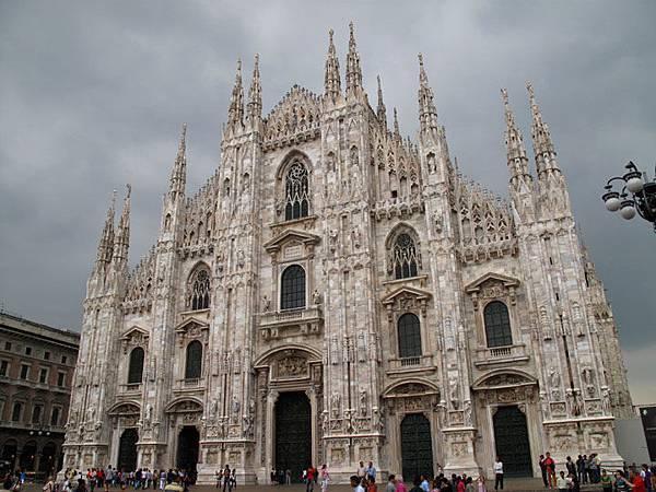 Milan a2.JPG