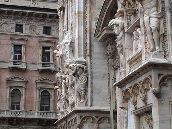 Milan a3.JPG