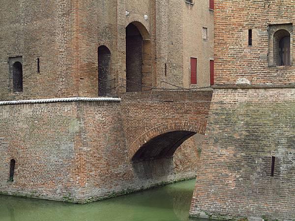 Ferrara a2.JPG
