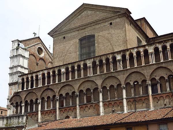 Ferrara b5.JPG
