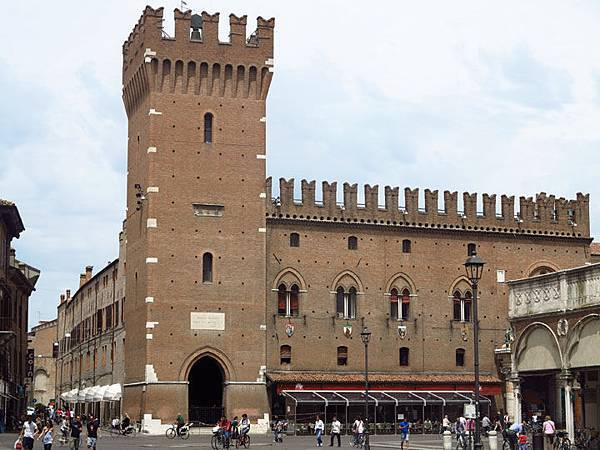 Ferrara d2.JPG