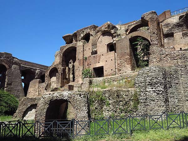 Rome e3.JPG