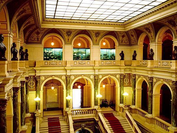 Prague t2.jpg