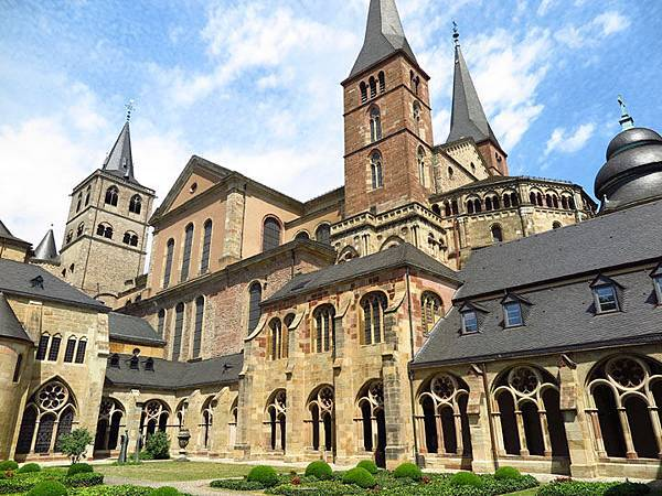 Trier b1.JPG