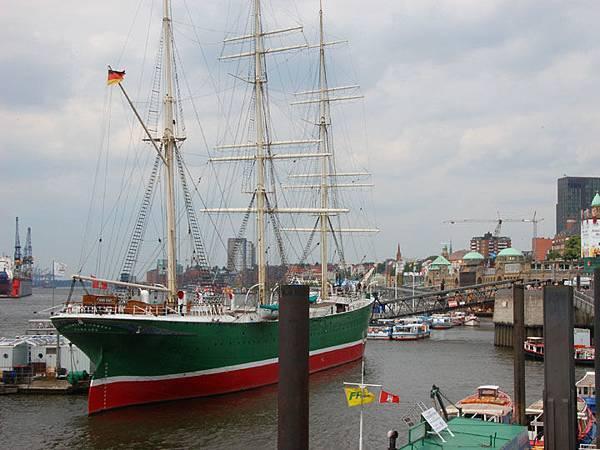 Hamburg b6.JPG