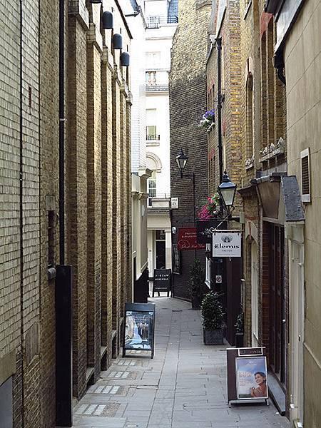 London i8.JPG