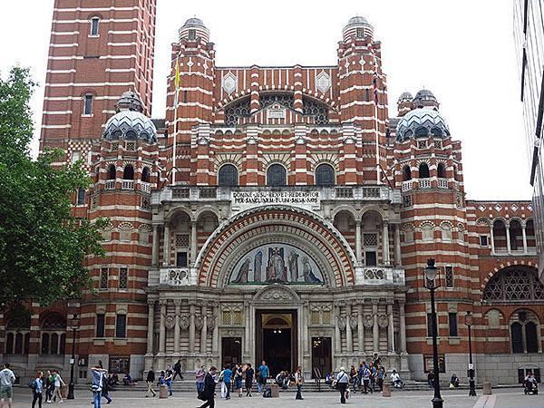 London l9.JPG