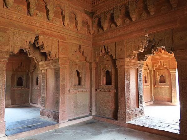 Fatehpur k2.JPG