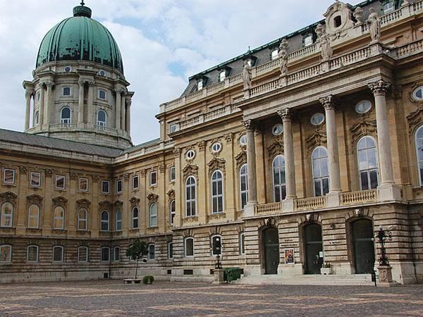 Budapest o2.JPG
