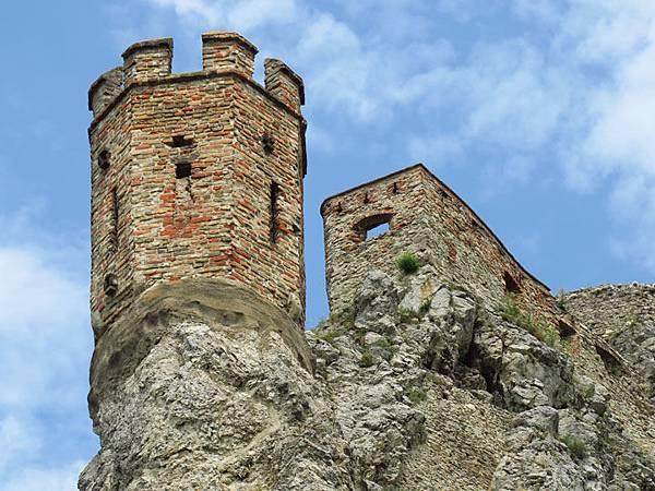 Devin Castle a1.JPG