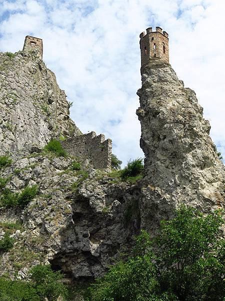 Devin Castle e3.JPG