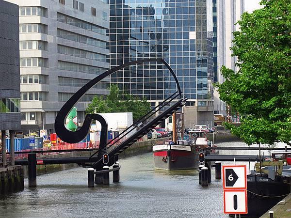 Rotterdam e1.JPG
