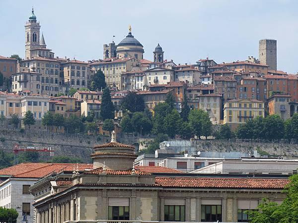 Bergamo a1.JPG