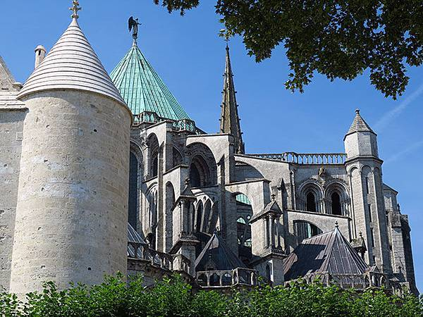Chartres a1.JPG