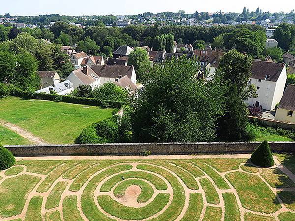 Chartres f1.JPG