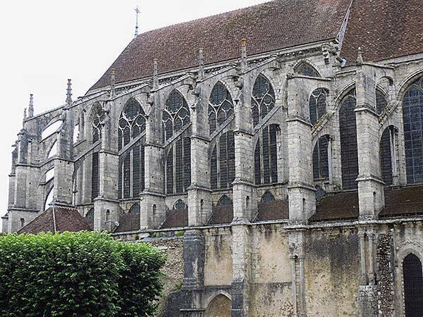 Chartres j1.JPG
