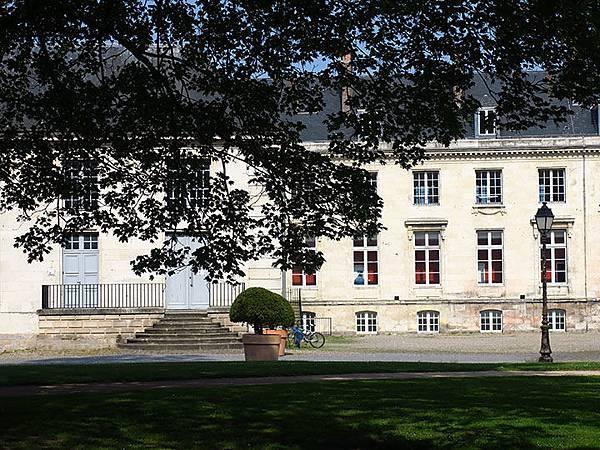 Amiens g8.JPG