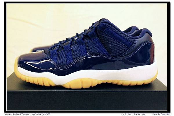 Air Jordan 11 Low Navy Gum