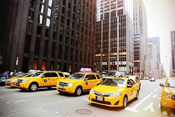 裕融車貸/汽車貸款/有車就能貸/免壓車/低利率/最高貸1.5倍車價/彈性還款