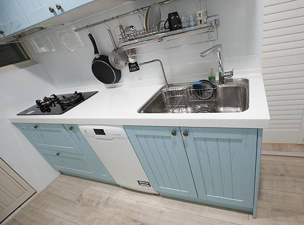 廚具-下櫃小.jpg