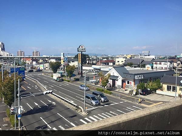 日本街道好清淨的感覺.jpg