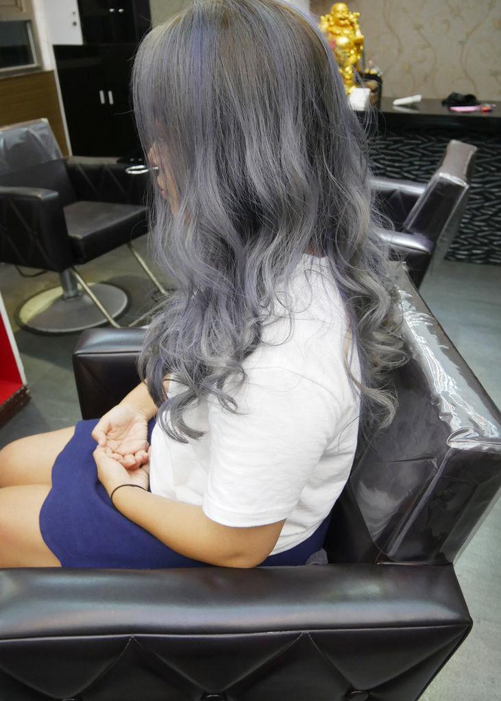 霧灰染髮-中和染髮08.jpg